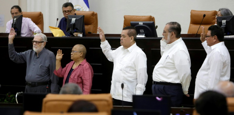 Truth Commission members are sworn in by National Assembly